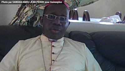 mon seigneur Raphael Balla Guilavogui l'évêque du diocèse