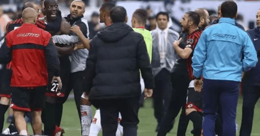 Florentin Pogba agressé par ses propres coéquipiers en Turquie