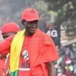 """Manif du FNDC : """"dès ce lundi 26 octobre, le FNDC reprendra ses actions citoyennes et mettra tout en œuvre pour étouffer ce régime, chasser Alpha Condé et rendre le pouvoir au peuple de Guinée"""" Sekou Koundouno"""