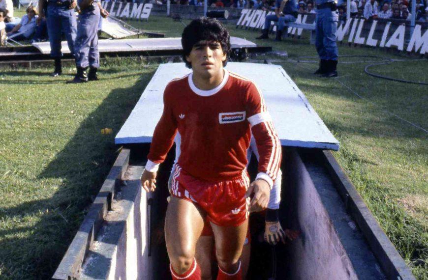 Diego Maradona, dieu du football, est mort