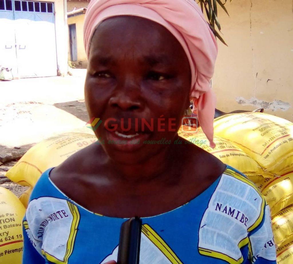 Hélène Loua bénéficiaire, mère d'une des ex-détenus de Kankan
