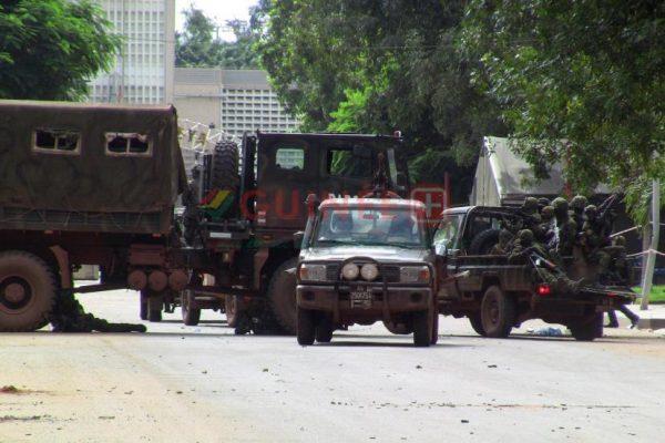 Une tentative de coup d'État est en cours en Guinée. (S. Samb/Reuters)